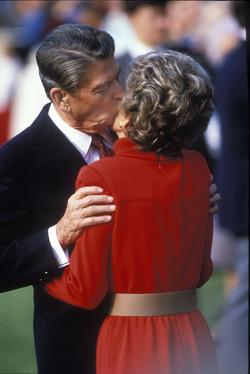 KTG Reagans kiss