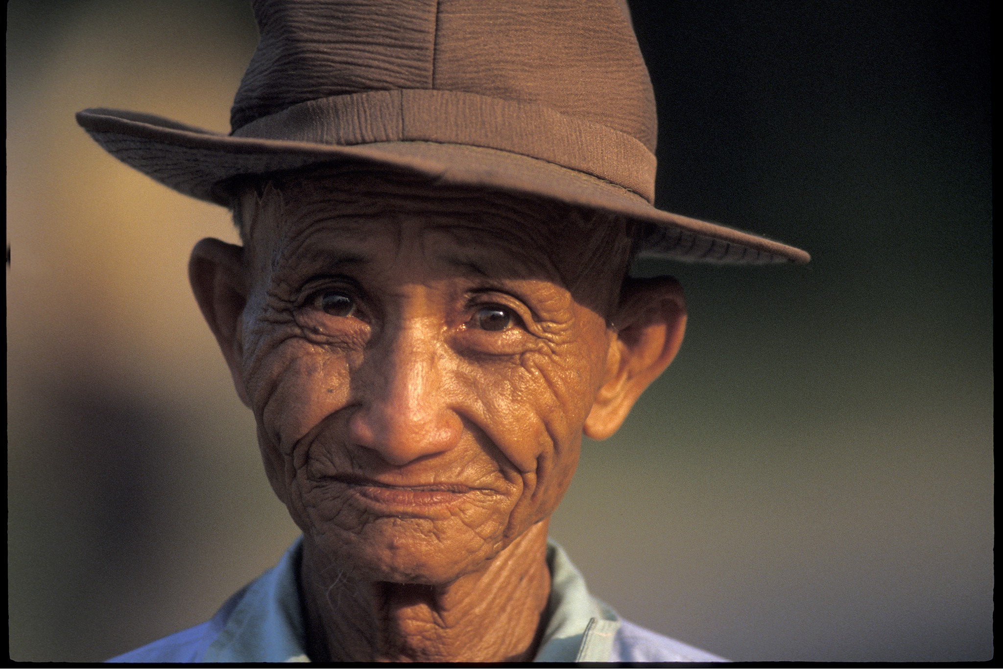 KTG Vietnam older man