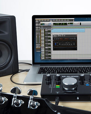 M-audio-Pro-Tools-First-Eleven-Lite.jpg?