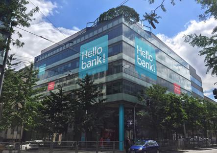 Hello Bank - Design exteriéru