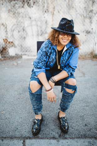 CANDACE WAKEFIELD SOUTHERN CALIFORNIA'S RISING ARTIST