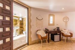 Romantic 360 Suite-Premium Room