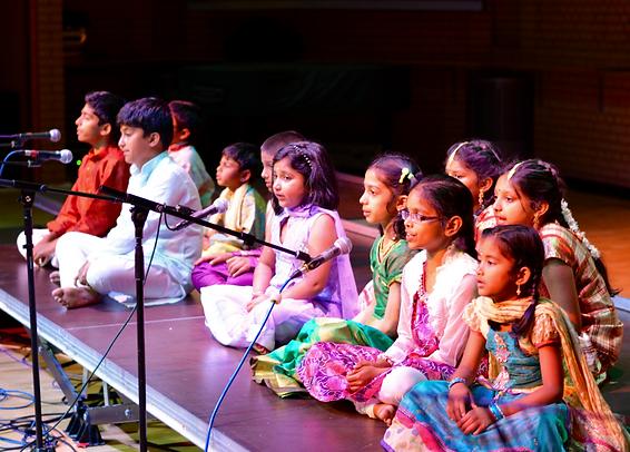 kids group singing_edited.png