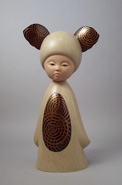 乾漆偶像「 夢の中のコアラ 」