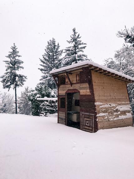 caravan under hut
