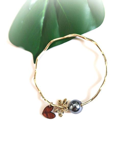 Wavy Gold Brangle Plumeria,Pearl & Koa Heart Charms
