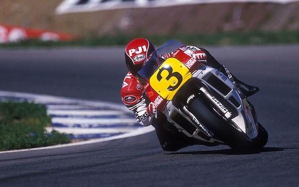 randy-mamola motorcycle racer