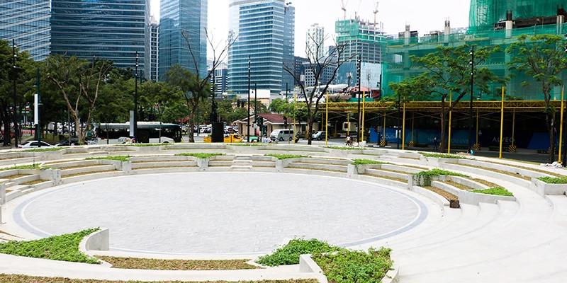 Sun Life Amphitheater.jpg