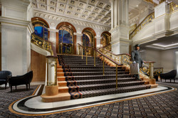 20171011_Lotte_Palace_Grand_Staircase