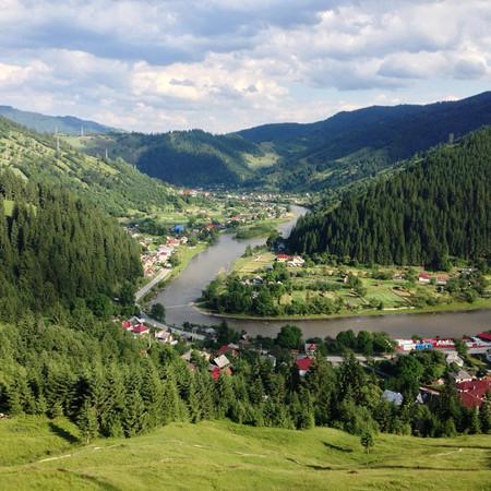 Broşteni, Romania