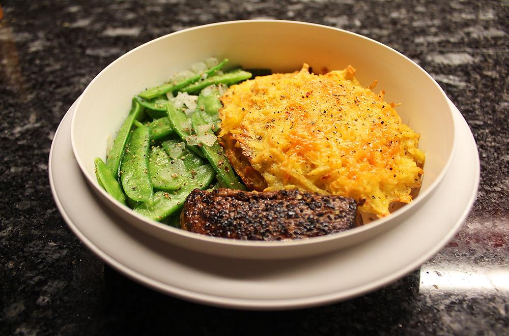 2. Rezept der Woche: Kartoffelpuffer mit Rindfleisch und Kefen.