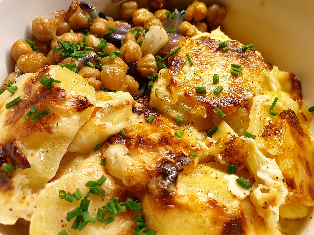 Leckerer Kartoffel-Gratin aus dem Ofen.