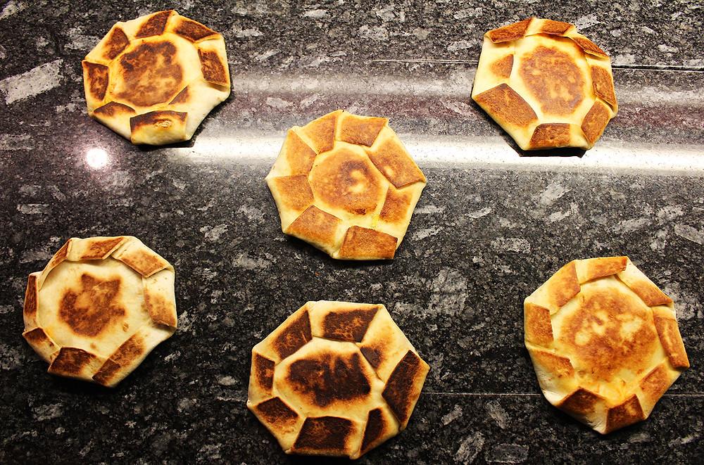 Die Zutaten ergeben etwa sechs Quesadilla-Wraps.