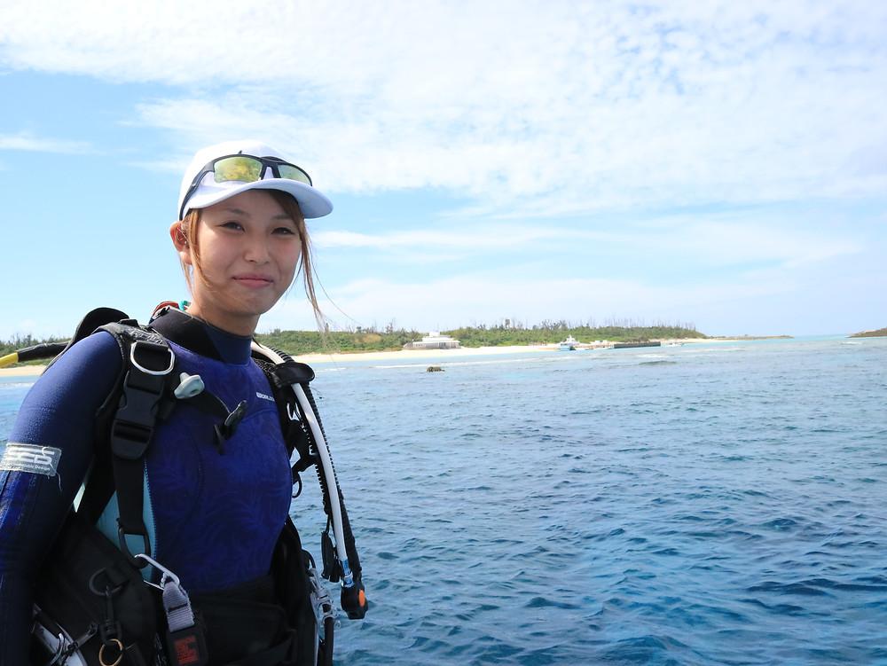 水納島 ボートダイビング PADI 美人インストラクター