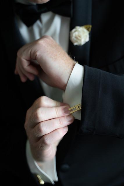 Groom cufflinks.jpg
