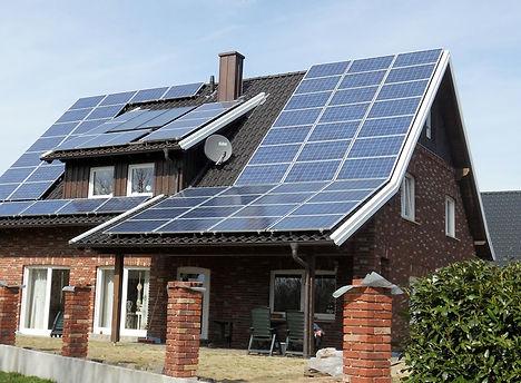 Energia solar residencial.jpg
