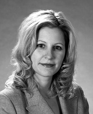 Tara L. Maczuzak