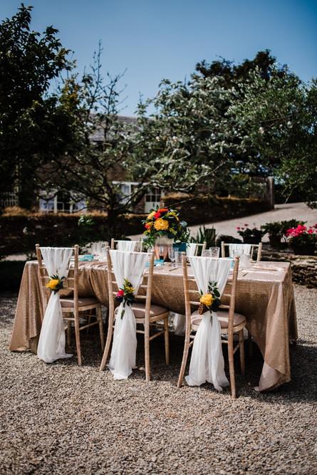 Bright & Bold Wedding Table flowers setting