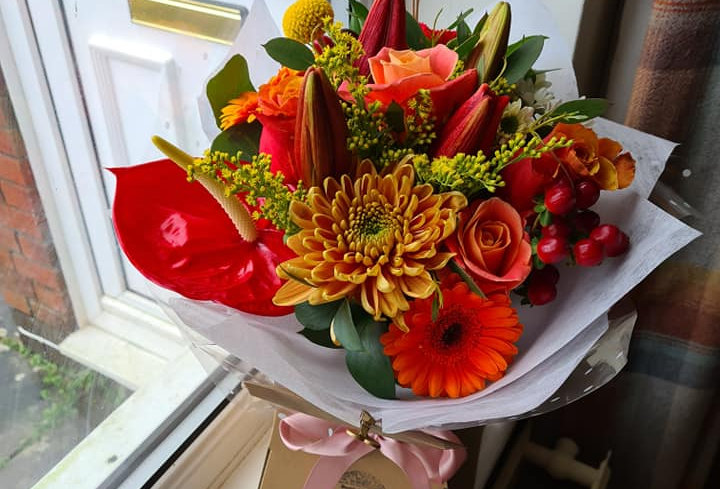 MOTHER'S DAY HANDTIED BOUQUET - THE BRIGHT ONE