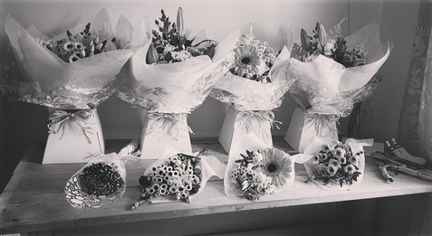 fresh Flower Deliveries gift bouquets