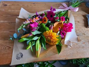 Bright flower wrap