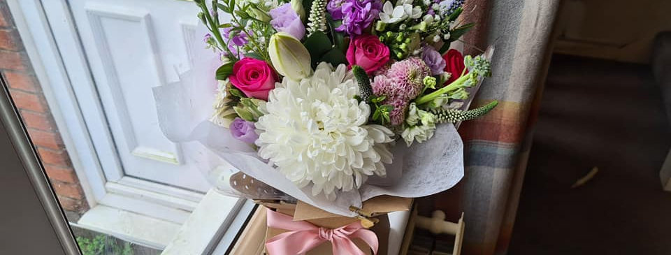 MOTHER'S DAY HANDTIED BOUQUET - THE PASTEL ONE