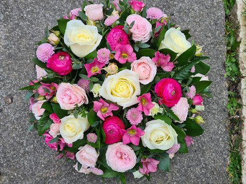 Pink and Ivory delicate funeral sympathy tribute posy flowers