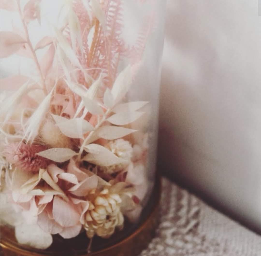 cloche-fleurs-sechees-maison-anahata-mon