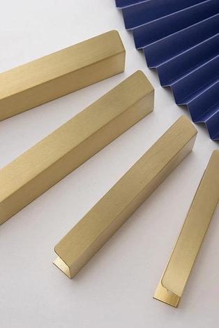 Латунные ручки для фасадов арт.11311