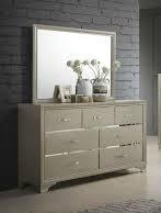 205293 Dresser