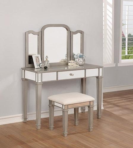 930131 Vanity Set