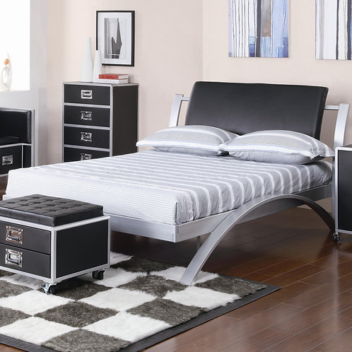300200 Metal Platform Bed
