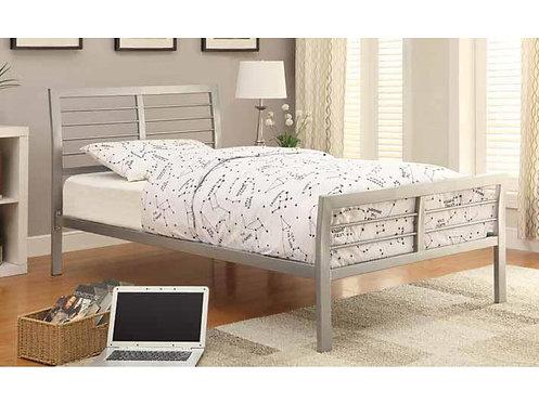 300201 Metal Bed