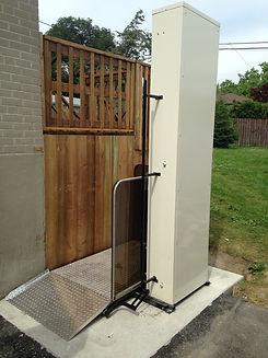 Accessible wheelchair porch lift