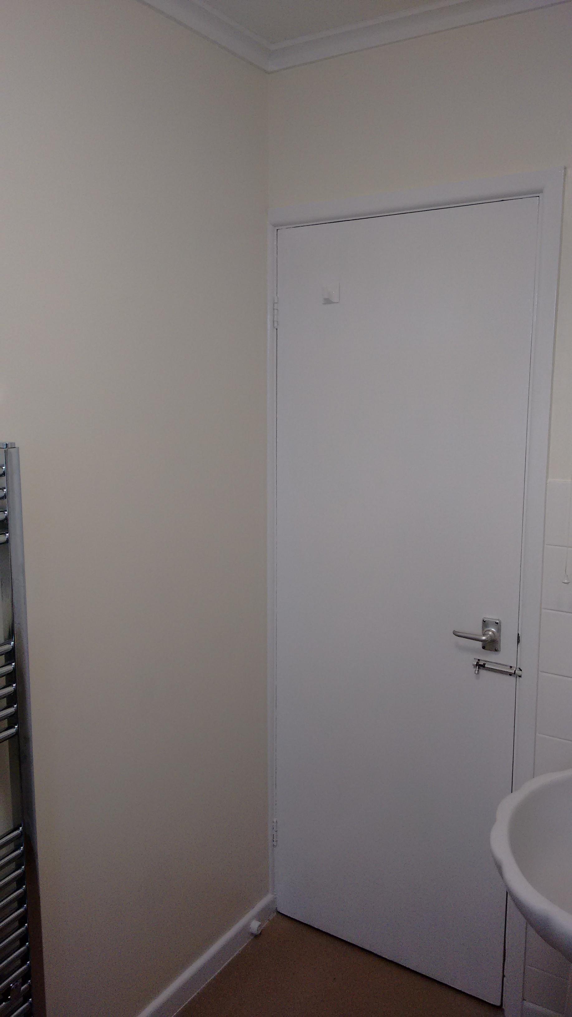 Gloss door, kitchen & bathroom walls