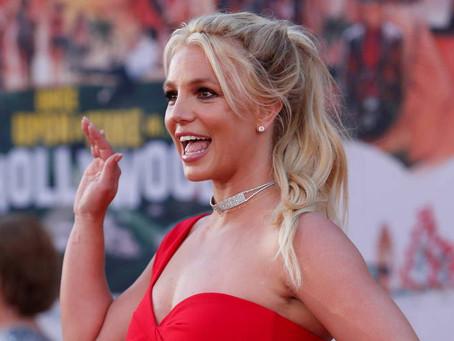 Britney Spears vence primeira batalha judicial contra seu pai, Jamie Spears