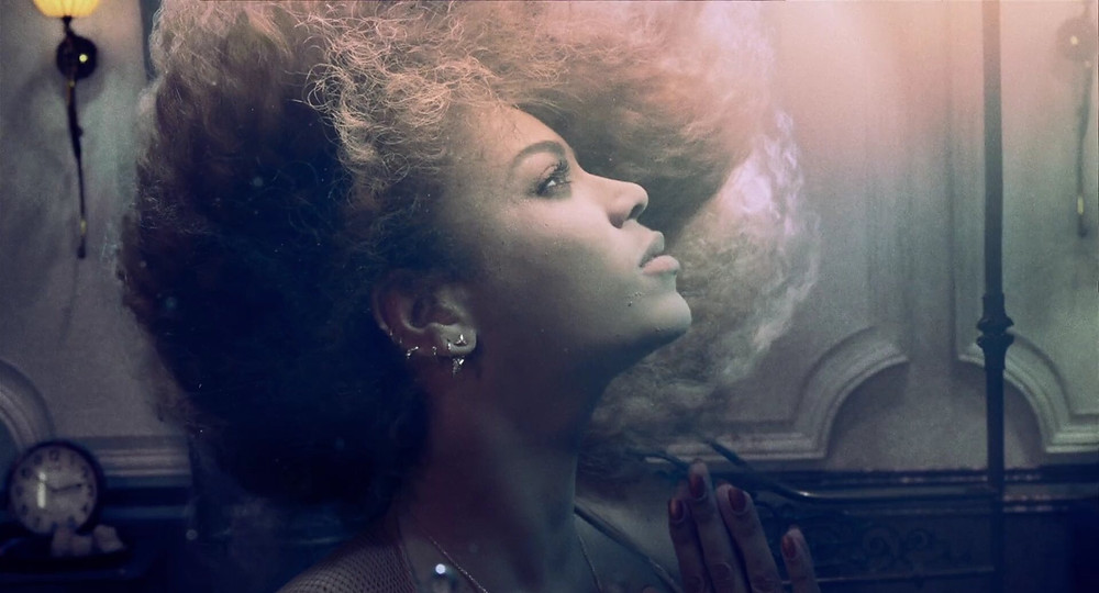 beyonce hold up lemonade letra lyric reference explicando meaning pop video clipe music