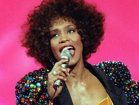 Naomi Ackie estrelará cinebiografia de Whitney Houston