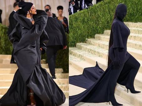 Aparições de Rihanna e Kim Kardashian no MET Gala fazem buscas por Balenciaga dispararem 500%