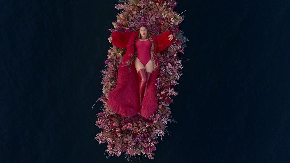 Entenda o filme 'Black Is King' da Beyoncé Water Clipe