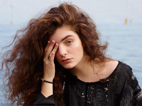Lorde anuncia nova música após 4 anos em pausa
