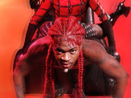 Lil Nas X faz primeira performance da polêmica música MONTERO