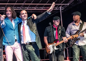 Closing Number With Constantine Maroulis, Bernie Williams and Steven Calapai