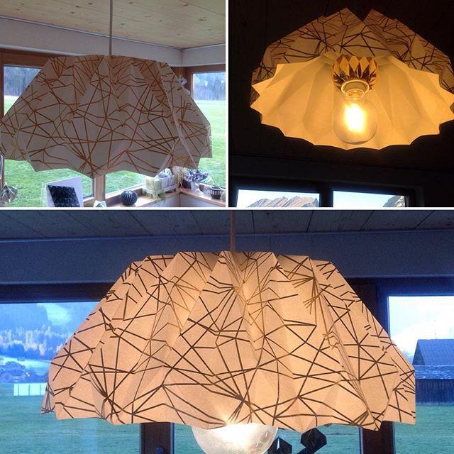 Geschafft, meine erste Lampe aus Papier!