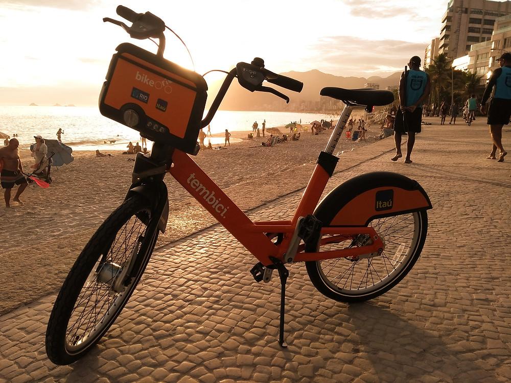 Bike Rio na praia do arpoador