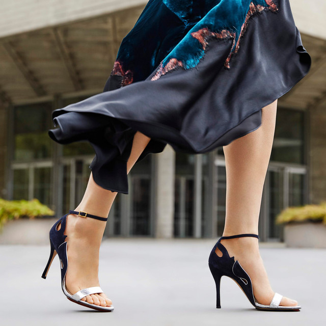 18_09_19_Outnet_091918_CharlotteOlympia_