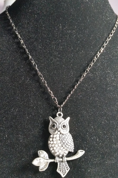 18 inch gunmetal necklace with rhinestone owl