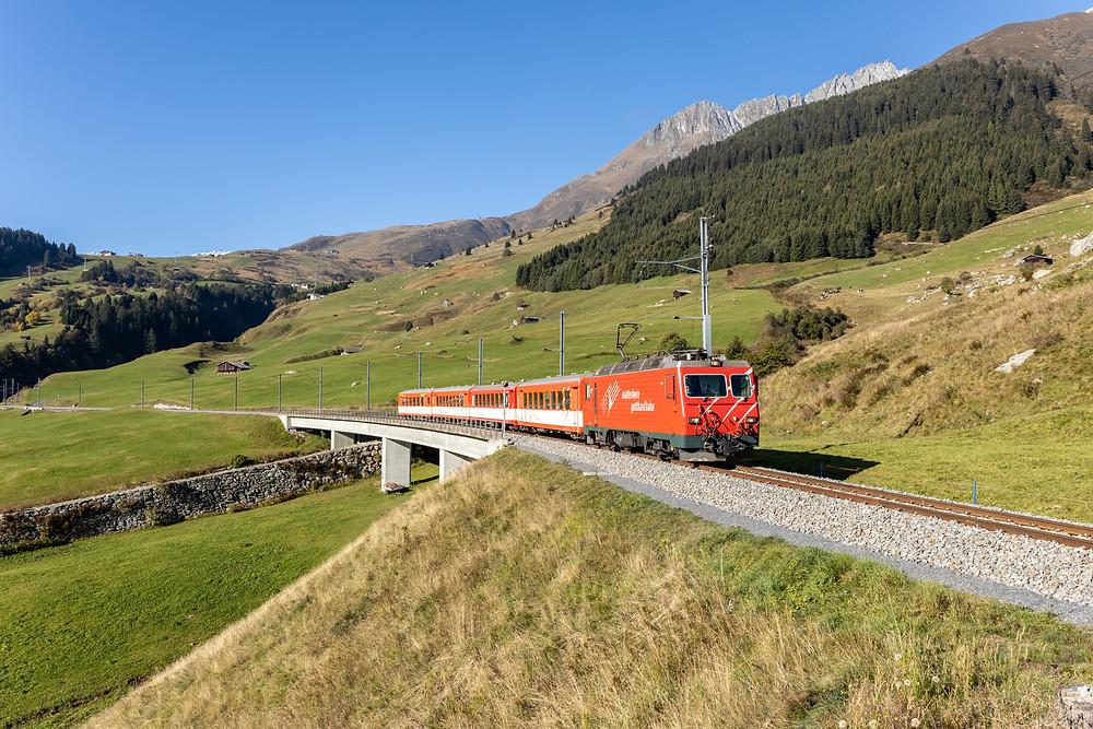 Matterhorn Gotthardbahn MGB HGe 4/4 II 107 in Rueras, Graubünden