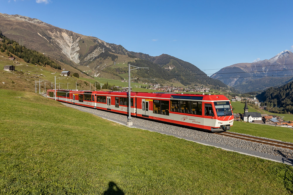 Matterhorn Gotthardbahn MGB Komet ABDeh 4/8 in Rueras, Graubünden.