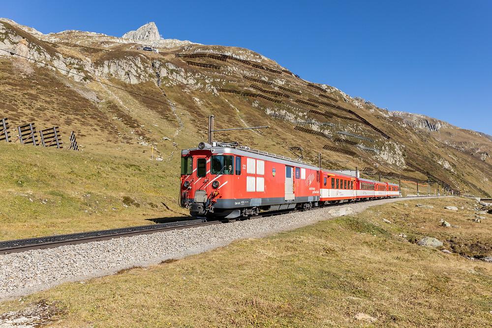 Matterhorn Gotthardbahn Deh 4/4 22 Typ BVZ Brig Visp Zermatt, am Oberalppass, Uri